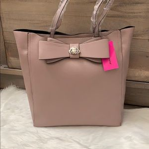 Betsey Johnson blush bow tote with dog detail